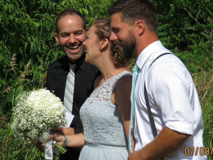 Ask an Officiant: 5 Questions with Jonathan Manafo