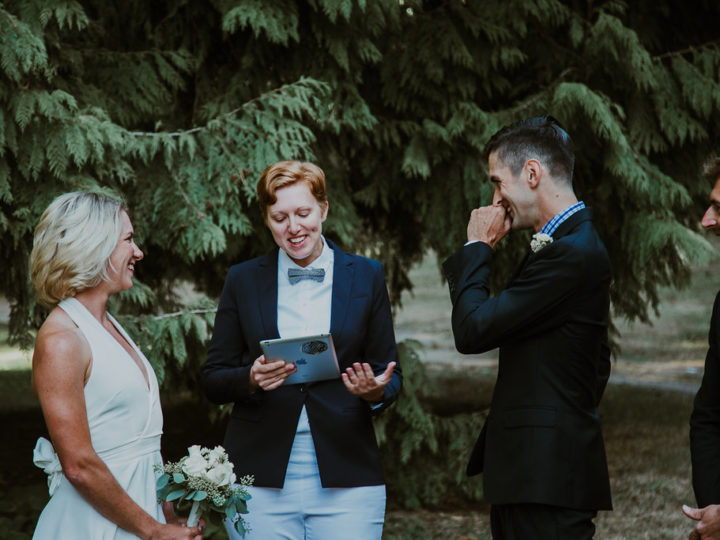 The Do's and Don'ts of Choosing Your Officiant