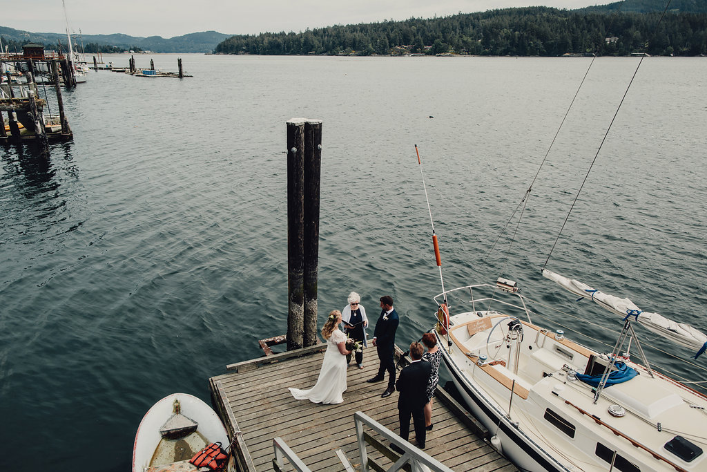 Victoria elopement with Young Hip & Married