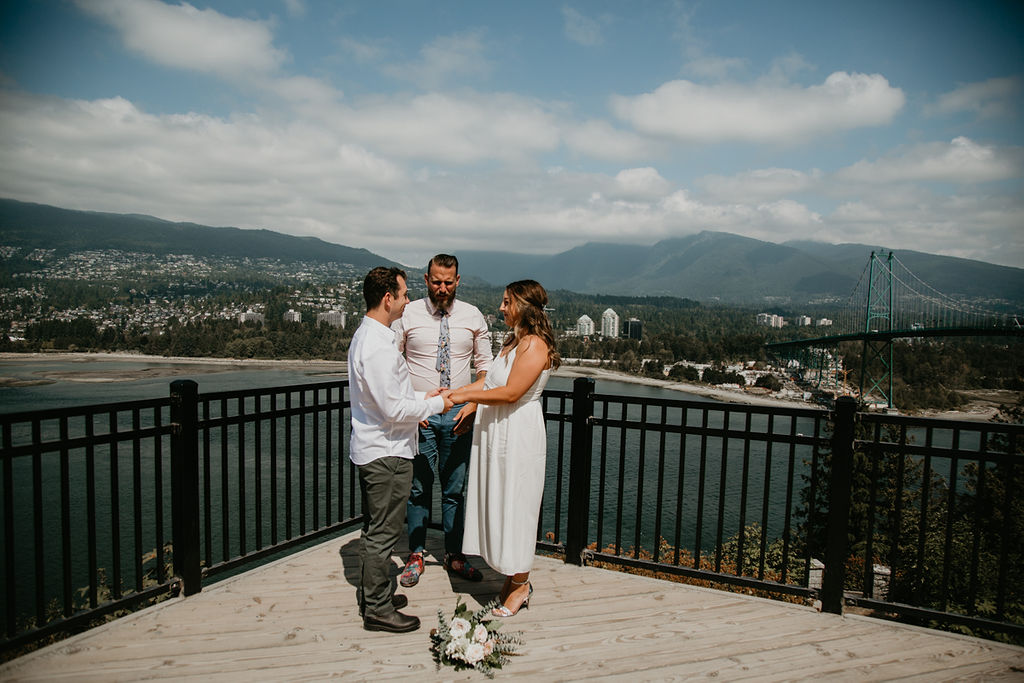 Prospect Point Vancouver elopement with Young Hip & Married