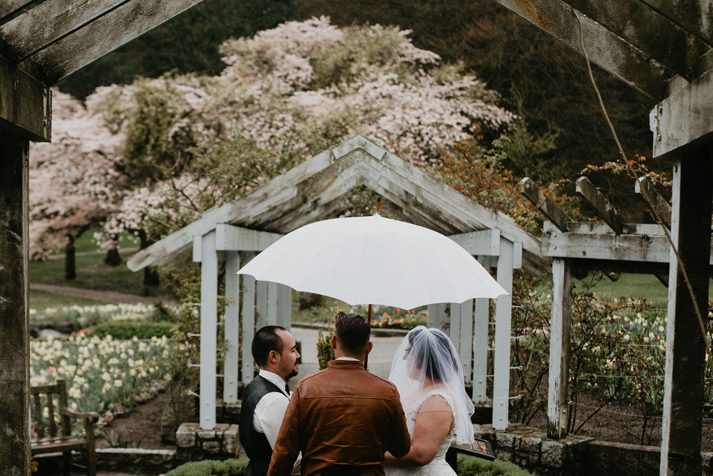 Stanley Park wedding with Young Hip & Married
