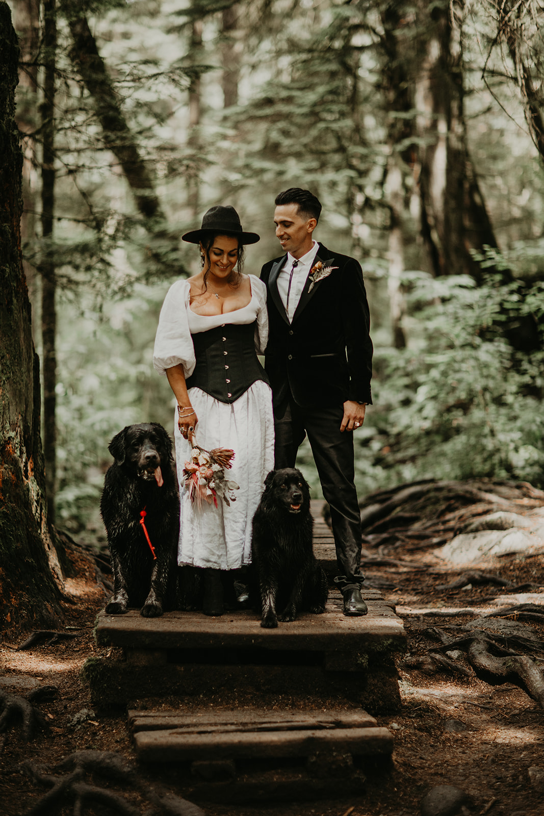 Dog friendly Inter River Park for your Vancouver elopement