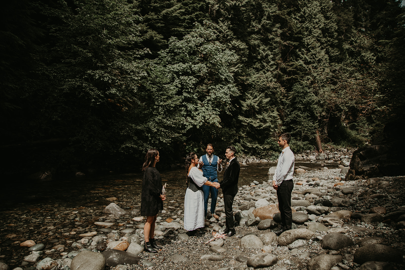 Inter River Park Vancouver elopement