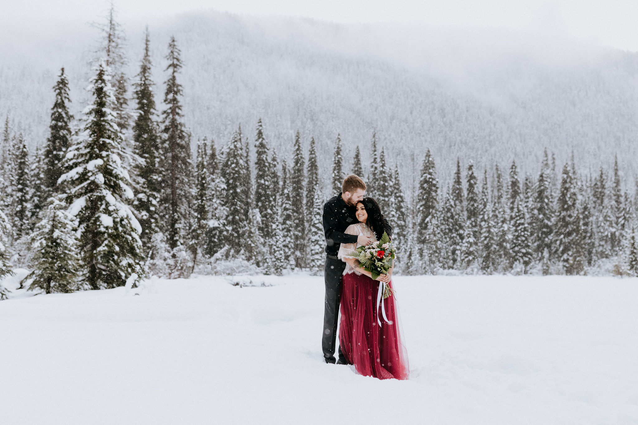 Winter elopement at Manning Park