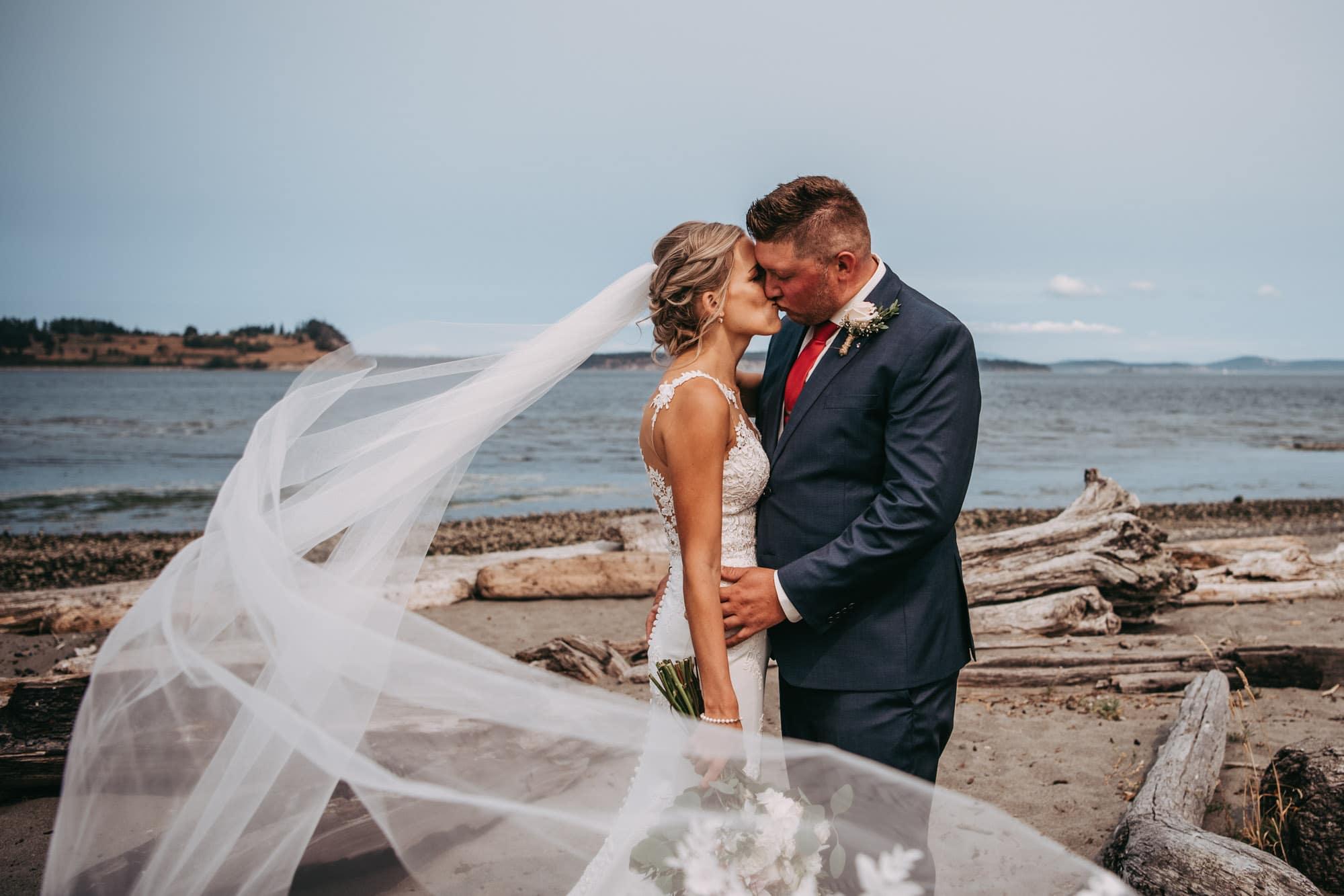 Island View Beach wedding
